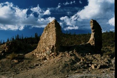 2002 Jack Swords photo of San Fernando